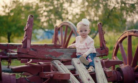 Family portraits at wheeler farm