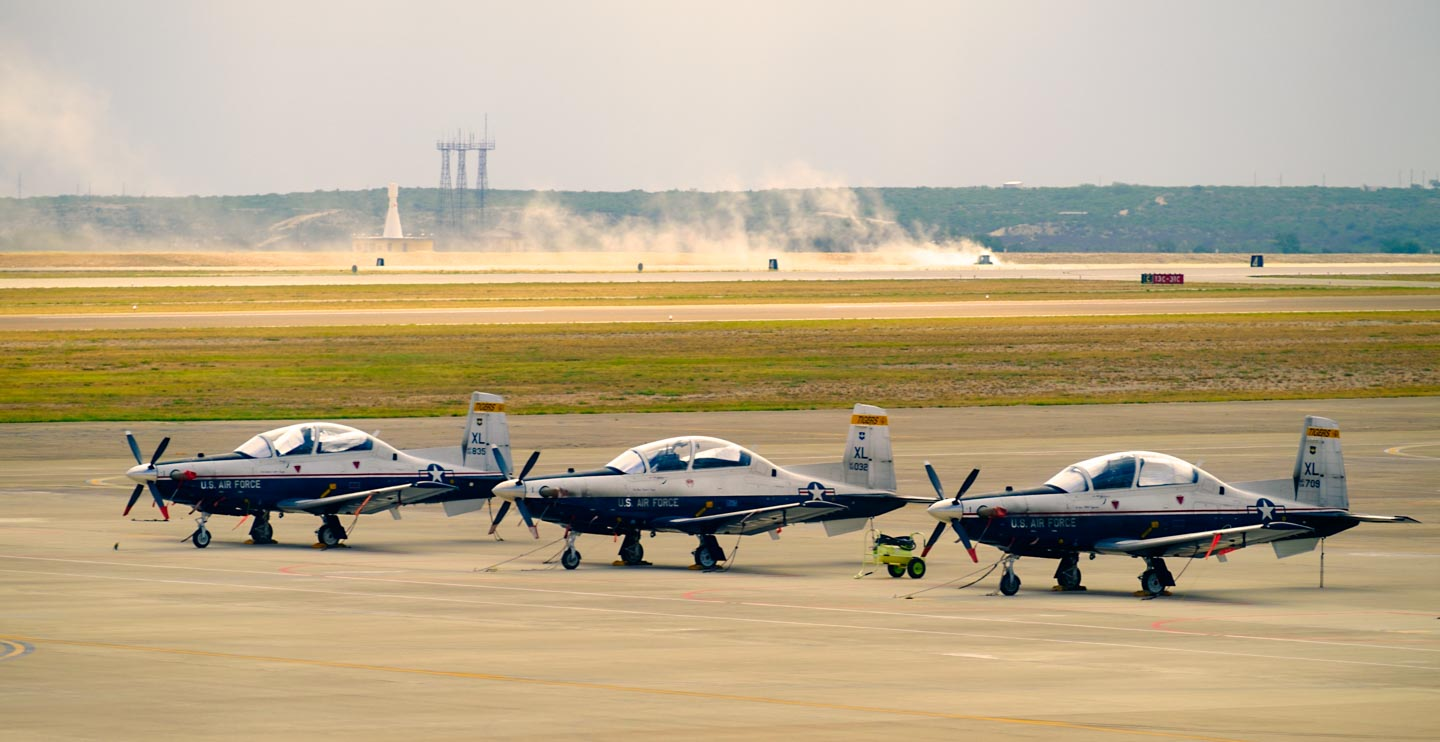 T-6 Airplanes