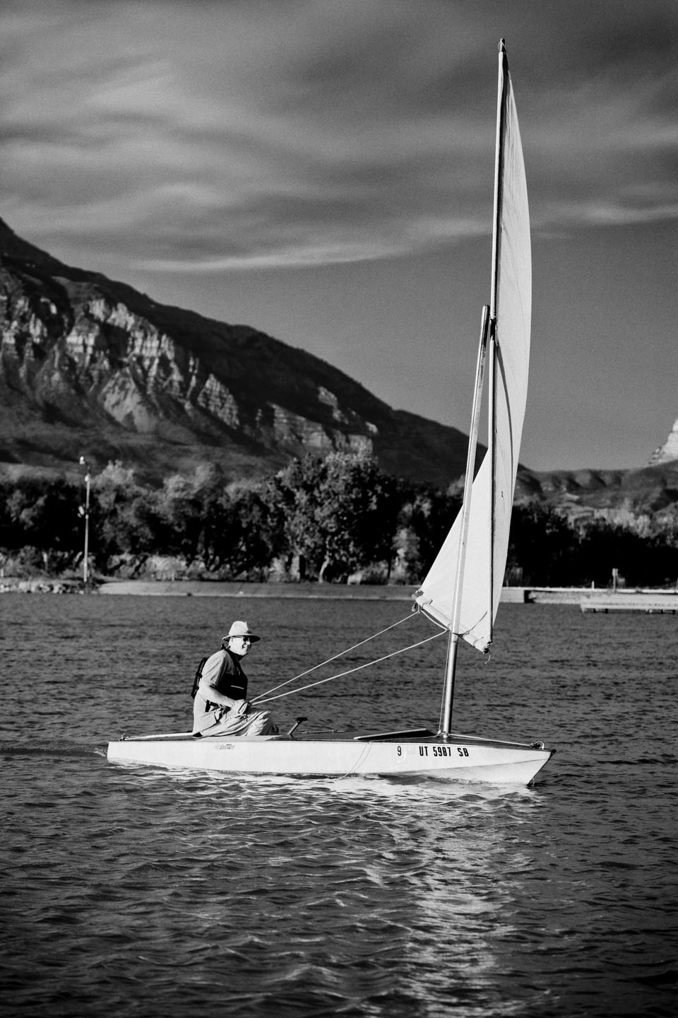Sailing on the lake in black and white