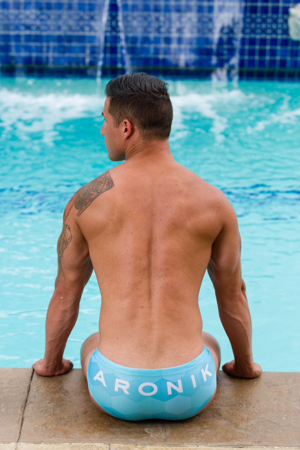 Luke models Aronik Uinta Blue swimwear