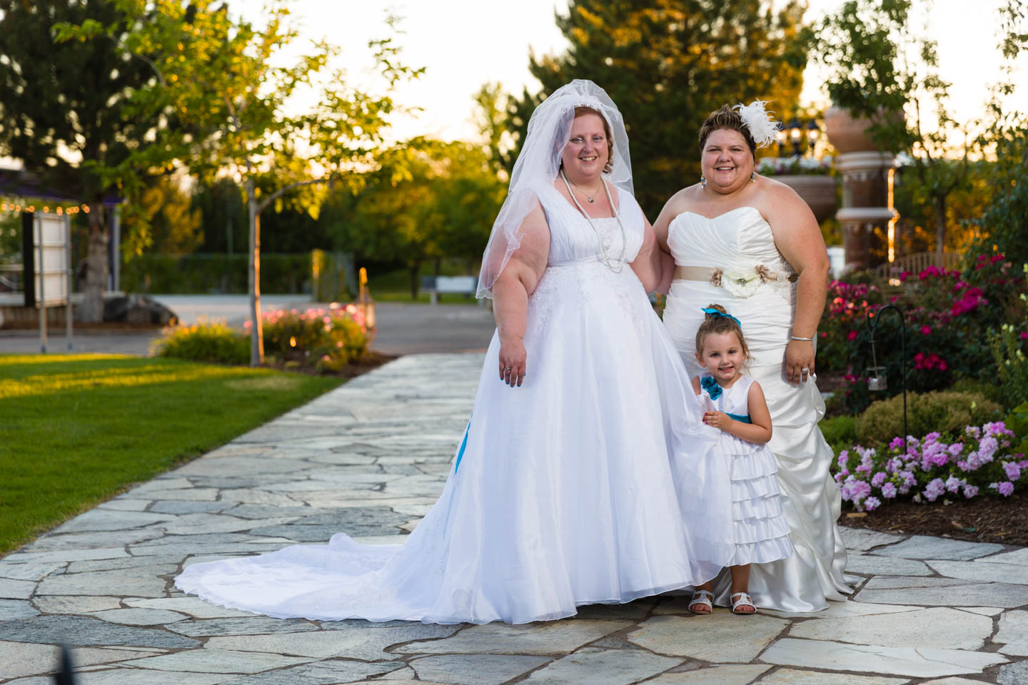 Brides with the flower girl