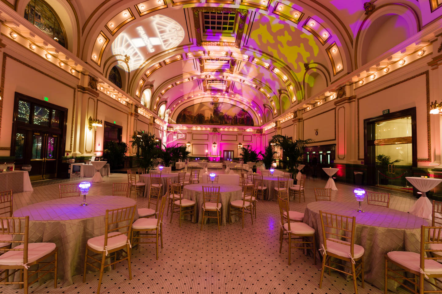 The great gatsby themed party at the gateway 39 s grand hall for Room decor union city