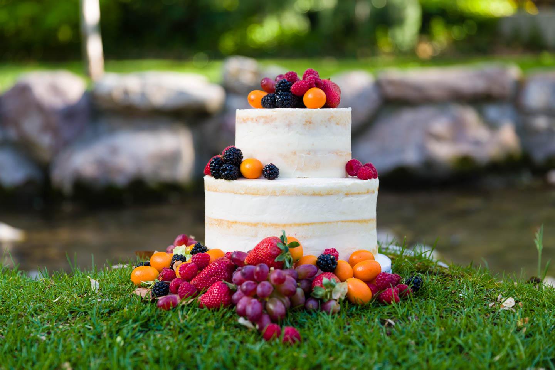 Wedding cake decorated with fruit