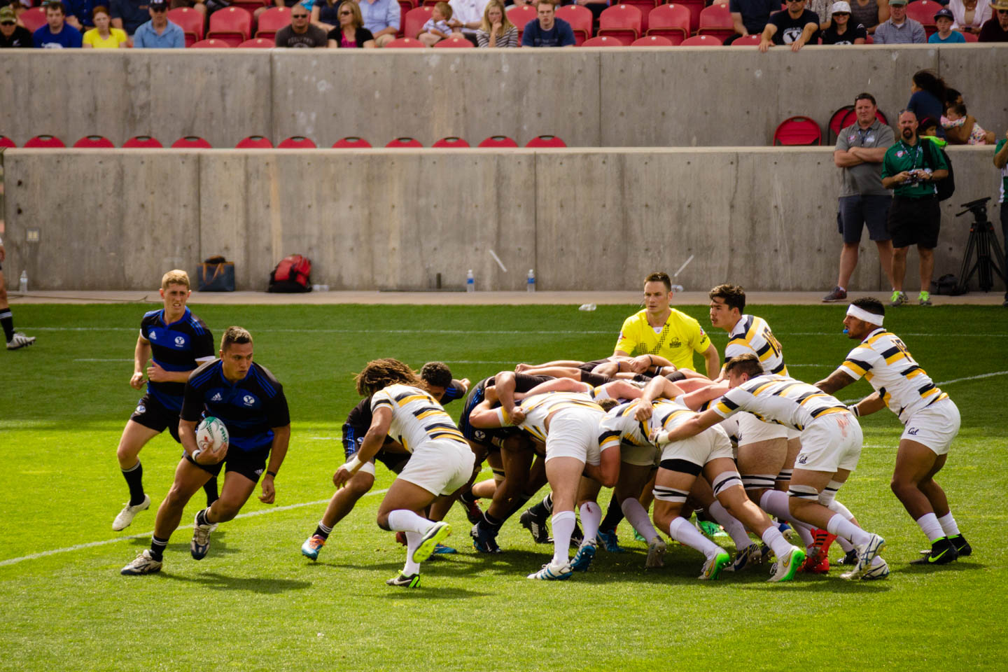 BYU runs the ball after a scrum