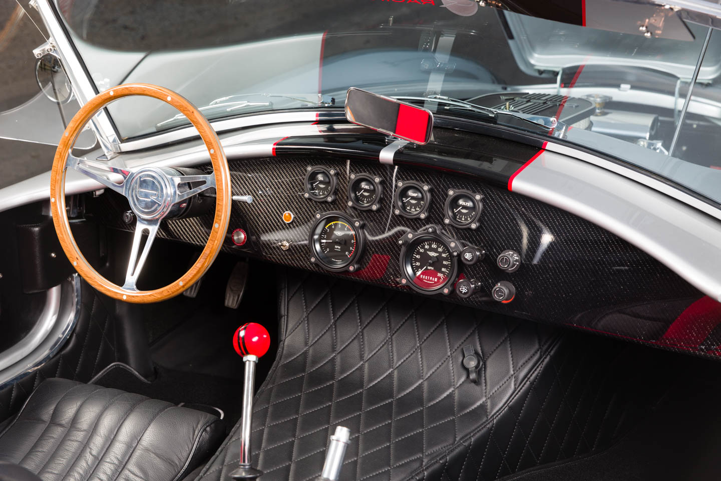 Car interior of the silver Shelby Cobra