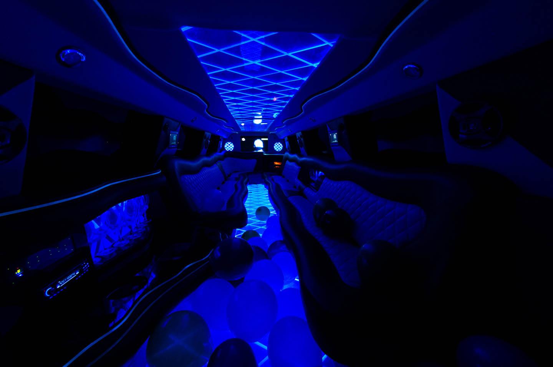 39-wedding-limo