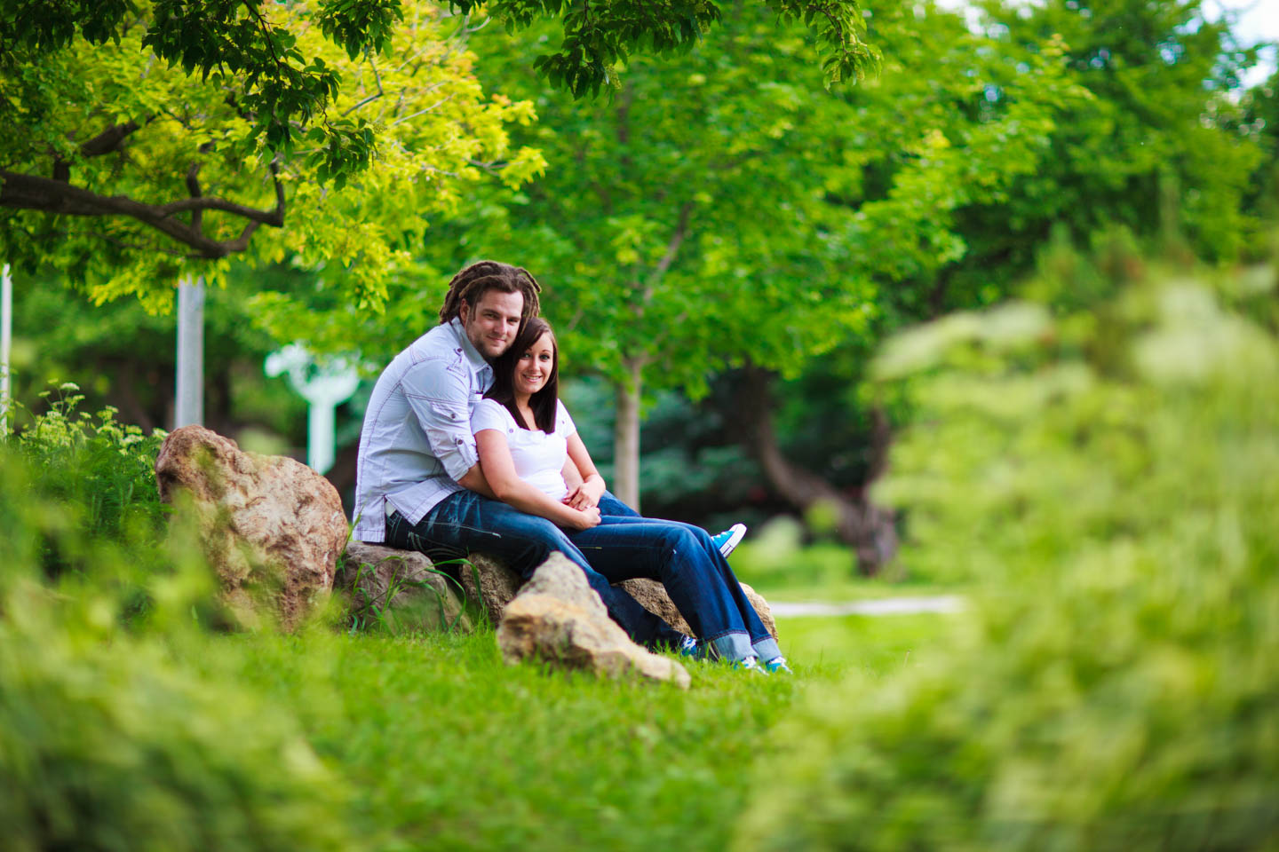 Engagement photos at the International Peace Garden