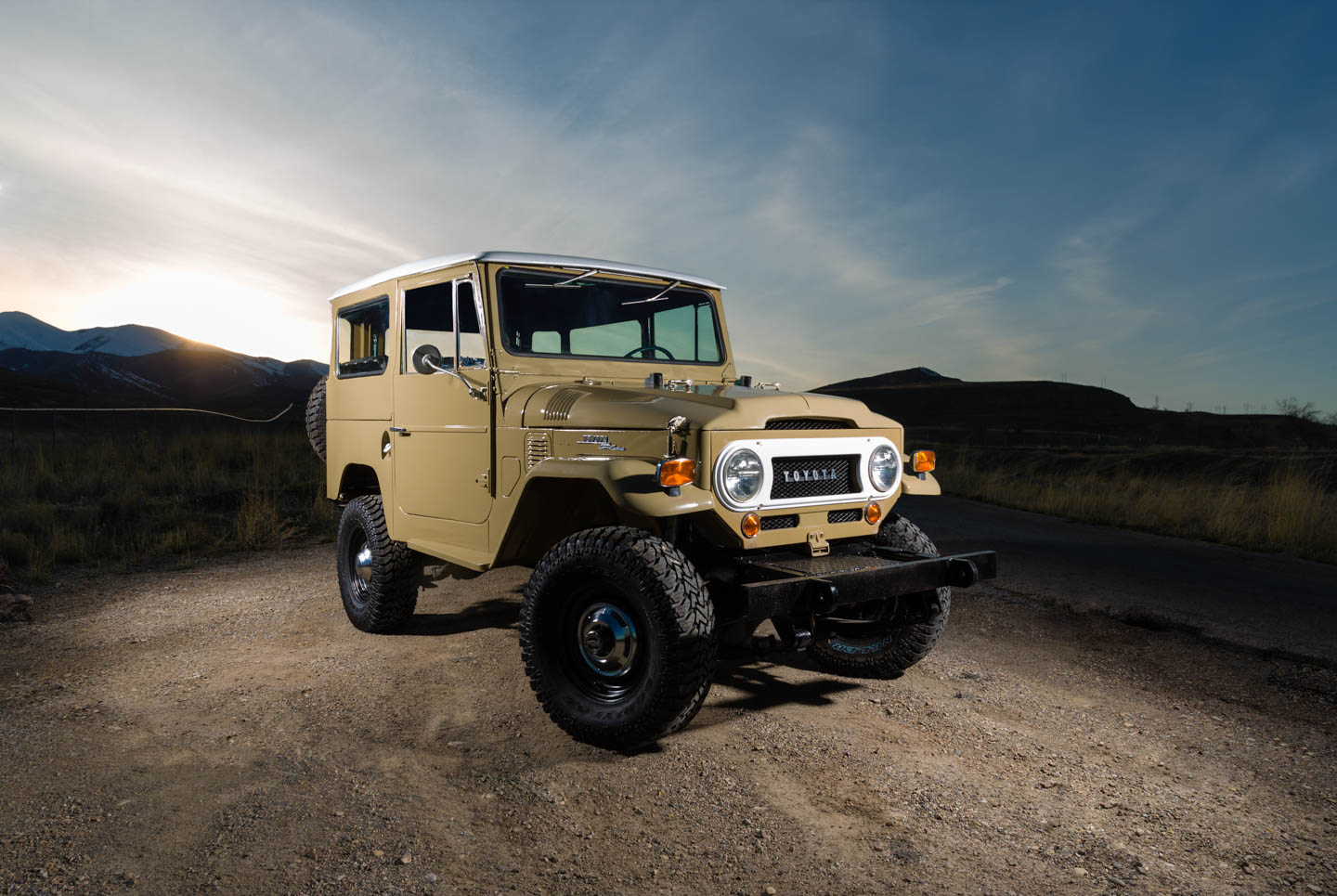 Restored Quicksand Toyota Land Cruiser | dav d photography
