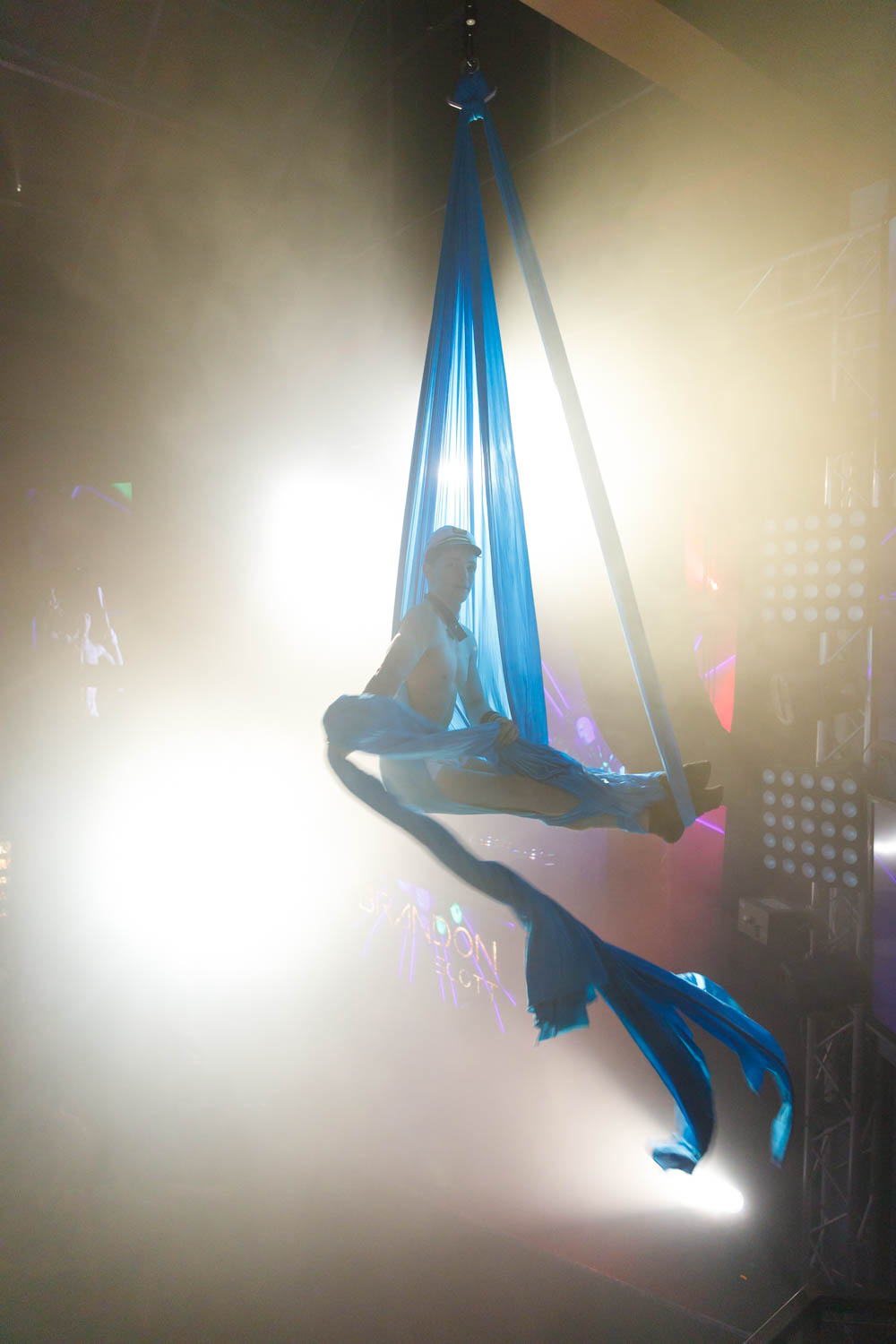 Aerialist Brandon Scott