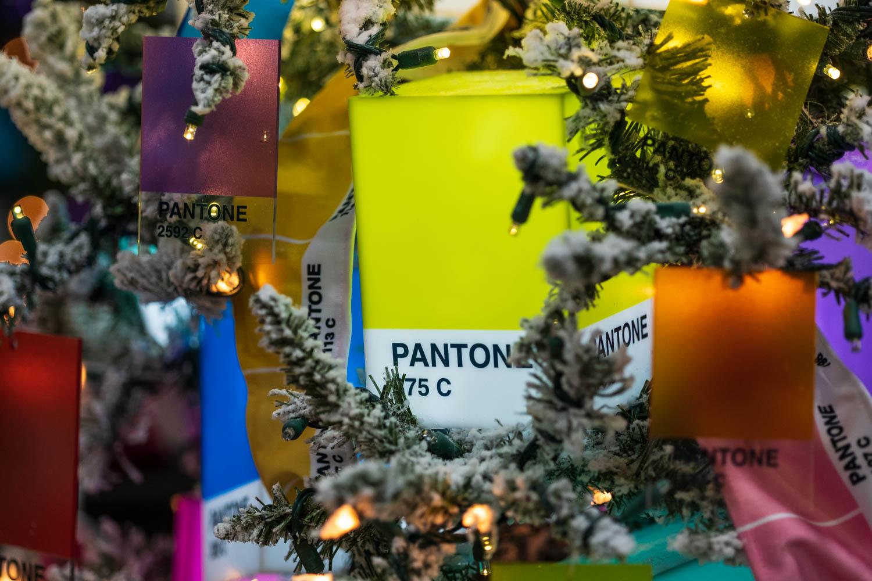 Pantone color Christmas decorations