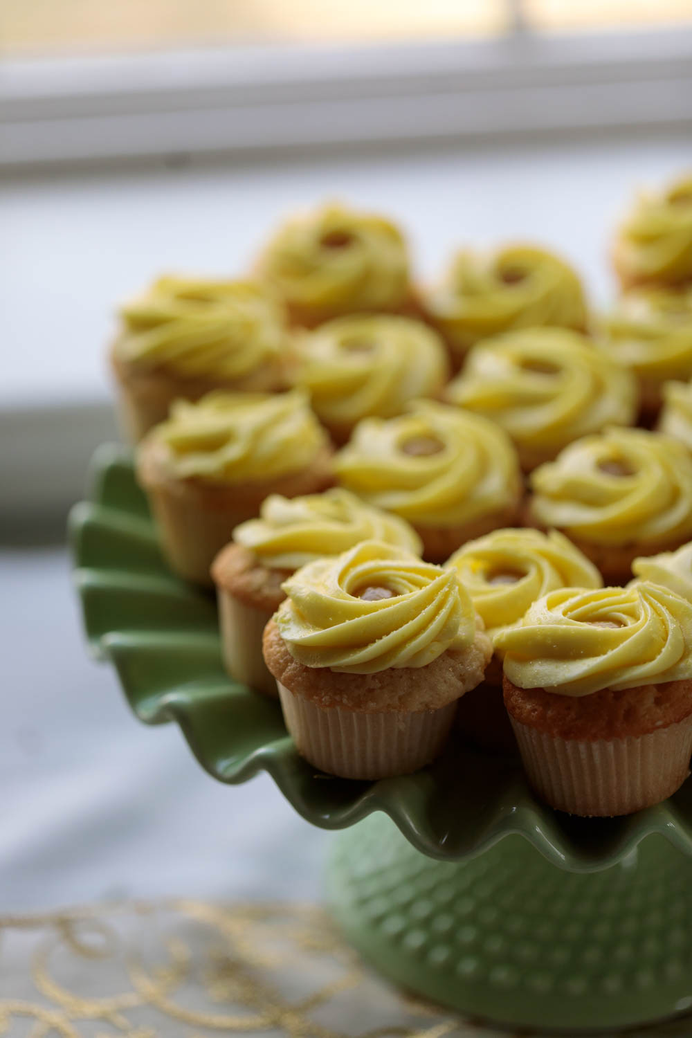 Lemon curd cupcakes from Chocolate