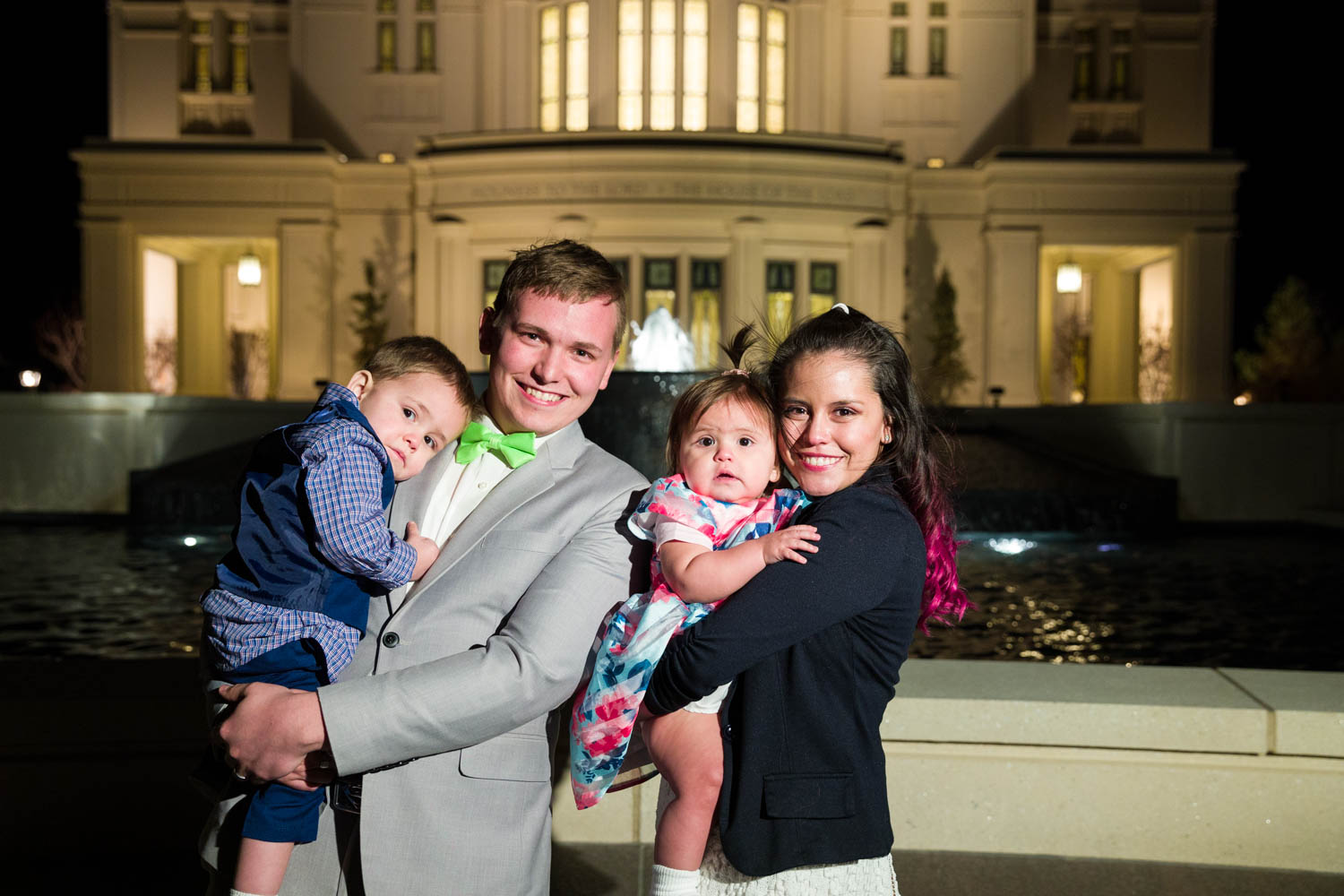 The Peck family outside the Payson Temple