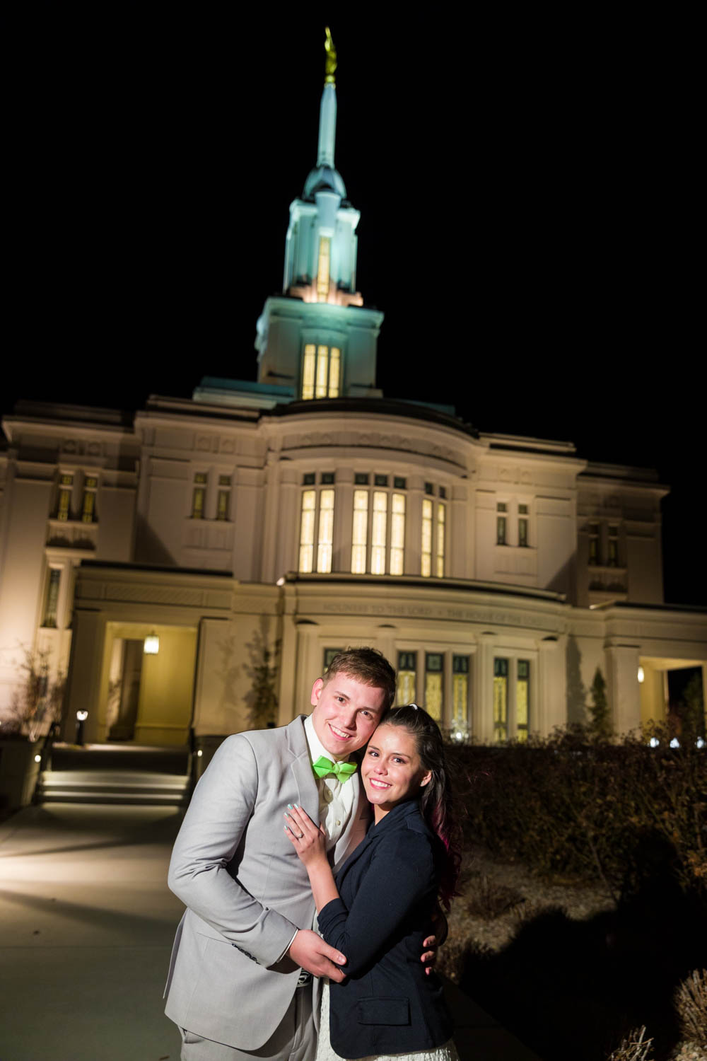 Josh and Andrea outside the Payson Temple